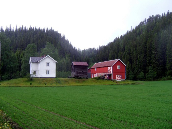 Highlights of scandinavia for Pictures of small farm houses